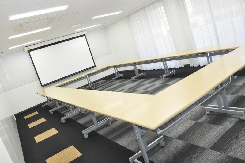大阪本町の貸し会議室大阪クロススクエアにセミナールームが誕生いたしました