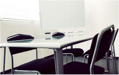 その貸し会議室に必要な備品はありますか?