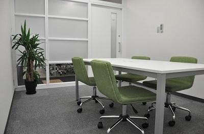 大阪クロススクエアの貸し会議室サービス