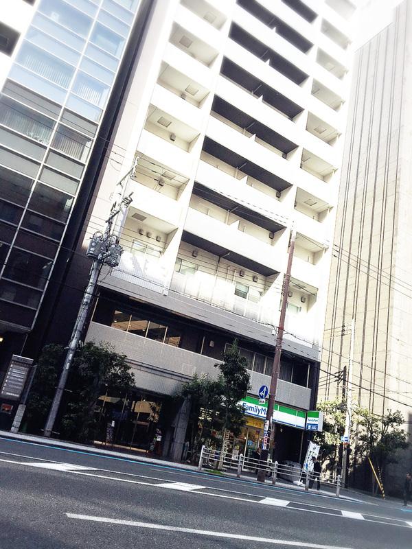 大阪クロススクエアの外観