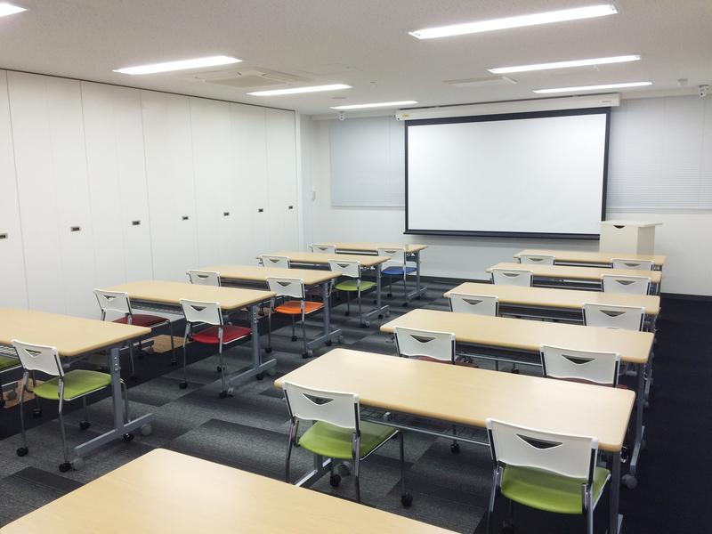 大阪クロススクエアセミナールーム