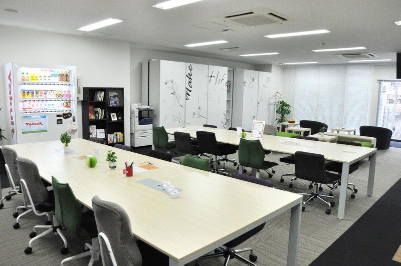 大阪クロススクエア3階会議室特集